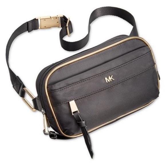Michael Kors Handbags - Michal Kors